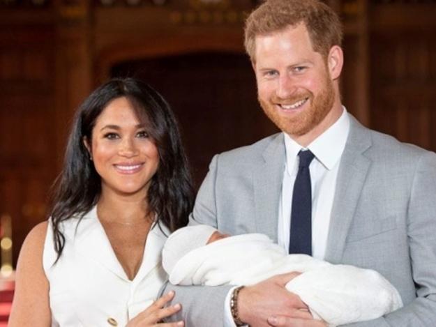 Принц Гарри пошутил о внешности новорожденного сына