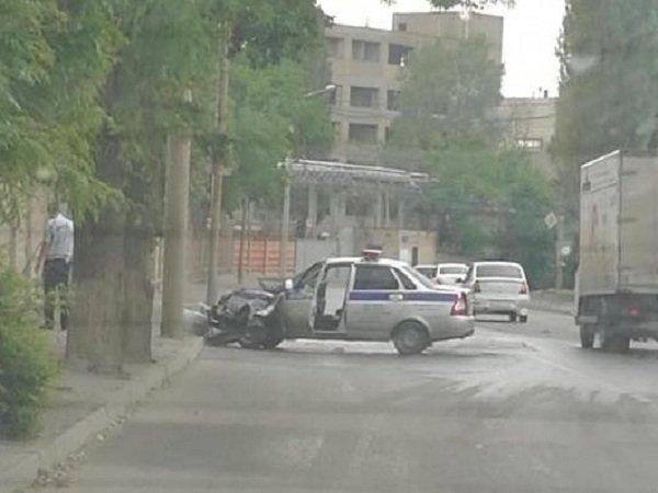 В Ростове экипаж ДПС во время погони попал в аварию