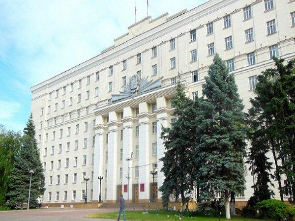Губернатор Ростовской области распределил обязанности своих уволившихся заместителей