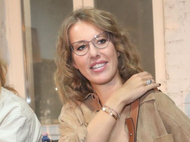 Ксения Собчак боится флиртовать с мужчинами трезвой