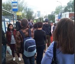 «Давка, хамство и левые билеты»: самарцы пожаловались на работу кондукторов в автобусах