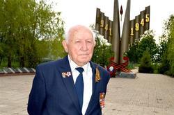 Молодежь пообщалась с защитником Ленинграда Абрамом Израилевичем Миркиным
