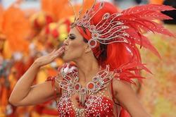 Маски, деньги, креатив: победитель карнавала в Новокуйбышевске получит почти 1000 у.е.
