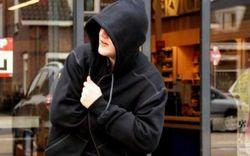 В одном из самарских сетевых магазинов малолетний вор напал с кулаками на продавщицу