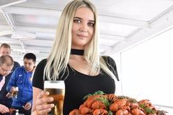 Раки и пиво: Самара удивила приезжих футбольных болельщиков радушием и гостеприимством