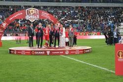 Автор победы: лучшего футболиста финала Кубка России наградил губернатор Самарской области