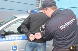 А мы на стиле: в Самарской области мужчина украл из магазина 12 футболок