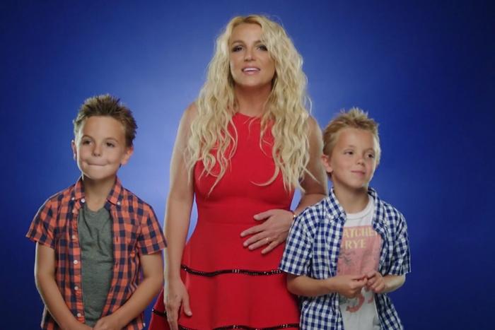 У Бритни Спирс муж силой отобрал детей