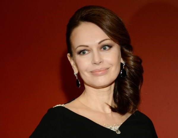Пусть платят светские львицы: ростовчанка Ирина Безрукова отказалась ехать на «Кинотавр» за свой счет