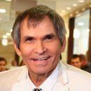 Состояние Бари Алибасова стабилизировалось, но пока врачи не дают никаких утешительных прогнозов