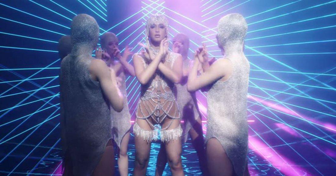 Ольга Бузова посвятила песню своему экс-мужу, бросившему ее ради ростовской модели