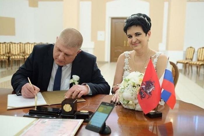Участница «Битвы экстрасенсов» Елена Голунова вышла замуж