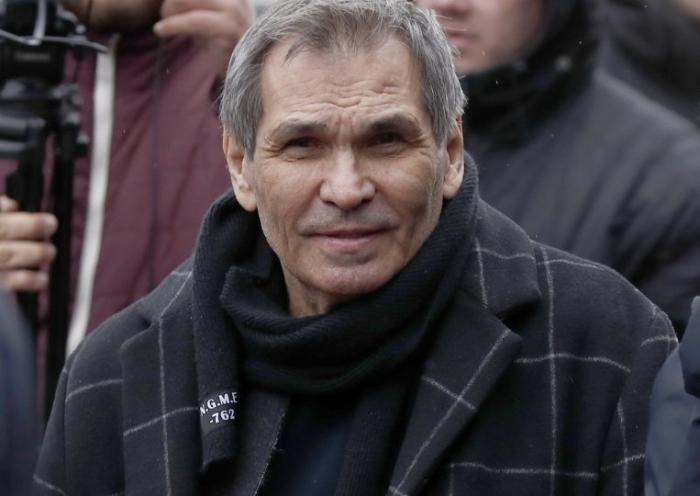 Бари Алибасова ввели в медикаментозную кому