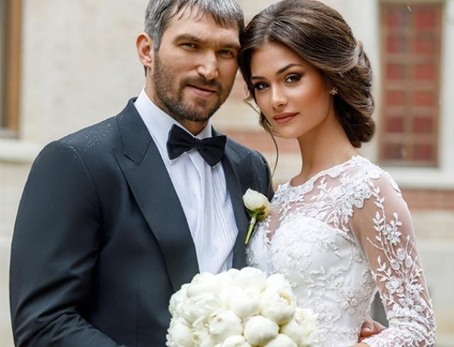 Анастасия Шубская показала трогательное фото с мужем и сыном
