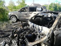 Самарцы сняли на видео, как горит элитный автопарк: Mercedes, Toyota и Audi