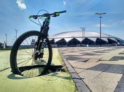 Самарские «дорожные черви» добрались до велодорожки у «Самара Арены»